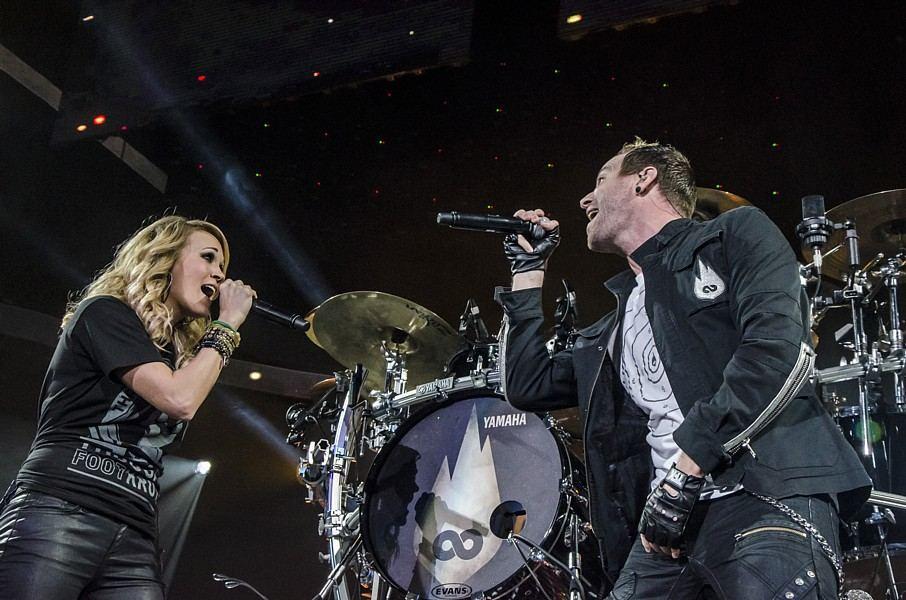 TFK's Trevor McNevan and Carrie Underwood, live at BOK Center in Tulsa, OK