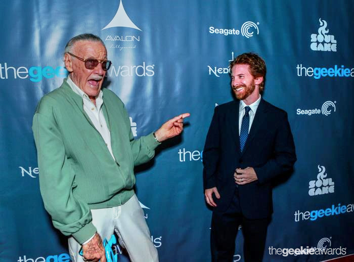 Stan Lee and Seth Green at The 2013 Geekie Awards (by BNatural Photography)