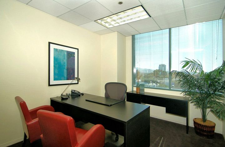 Premier sample office in Burbank