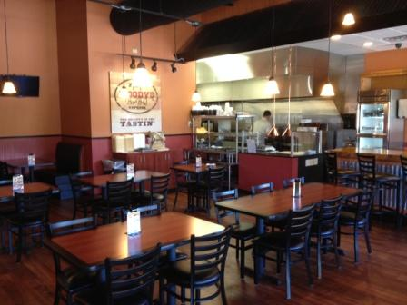 Woody's Bar-B-Q Express of Lake Mary FL Showcases Cozy but Streamlined Interior
