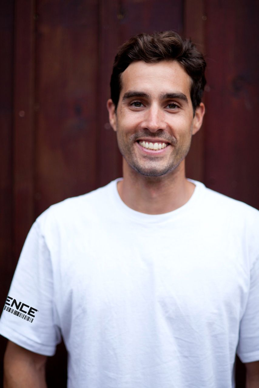 XYIENCE Signs Professional Rock Climber Joe Kinder to Team XYIENCE