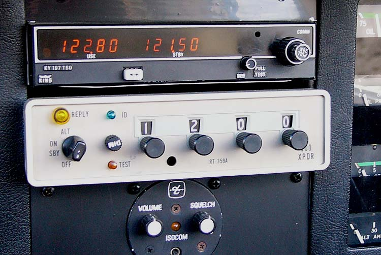 "Why Should Transponders Have ""Off"" Switches Available During Flight?"