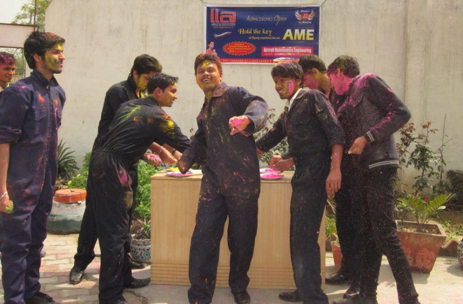 03- JRN Studeants - Holi Celebration