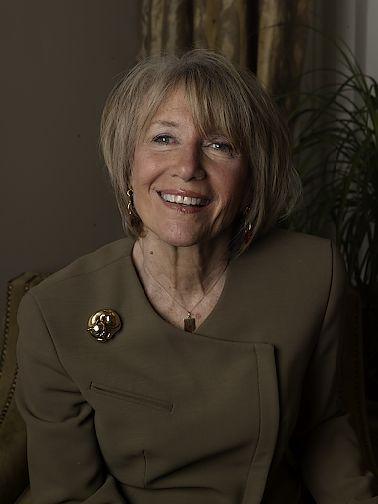 Camilla Dietz Bergeron 2009 Headshot