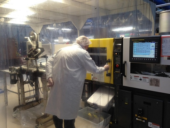HARBEC ISO certified class 8 cleanroom molding for prototypes to production.