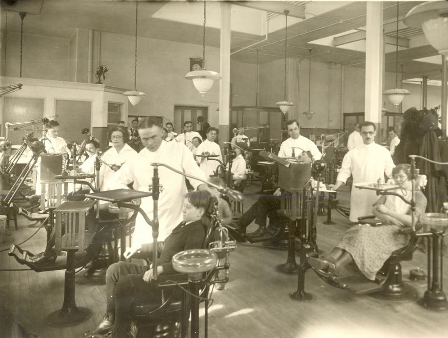 A 1920s UIC dental clinic.