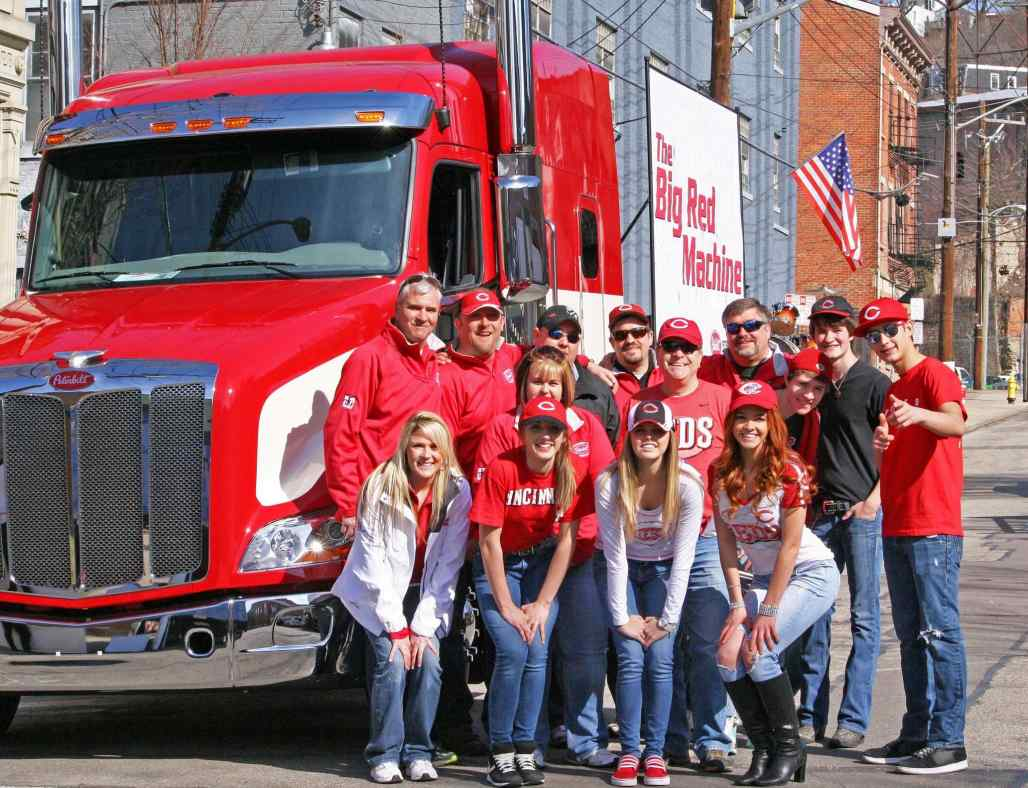 Jetset Getset with employees of Peterbilt of Cincinnati, before the Reds Parade.