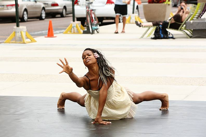 MM2 Modern Dance at The Porch at 30th Street Station - Photo By Bill Hebert