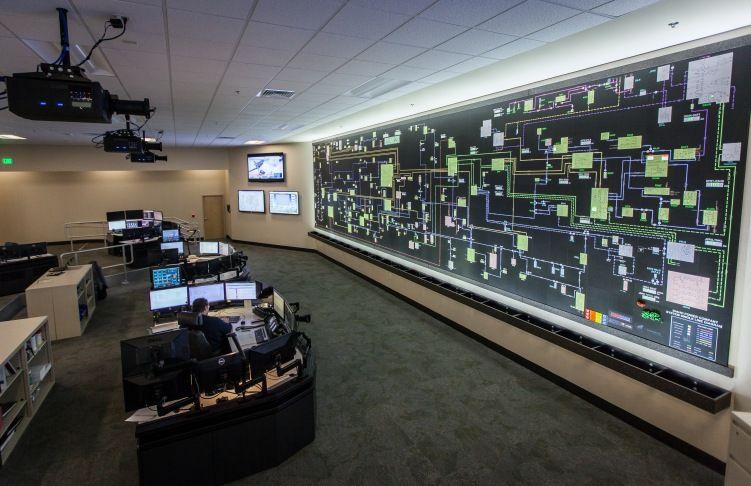 Idaho Power's Hybrid Mapboard
