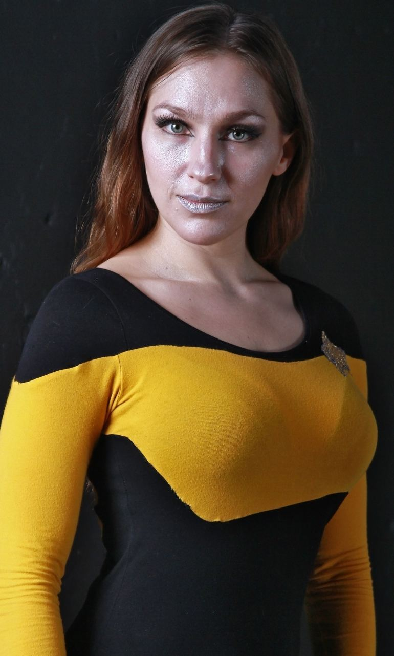 Cyn Cat as Data