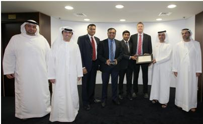 Kanoo Machinery receives DP World, UAE Region Top Vendor Award for 2013