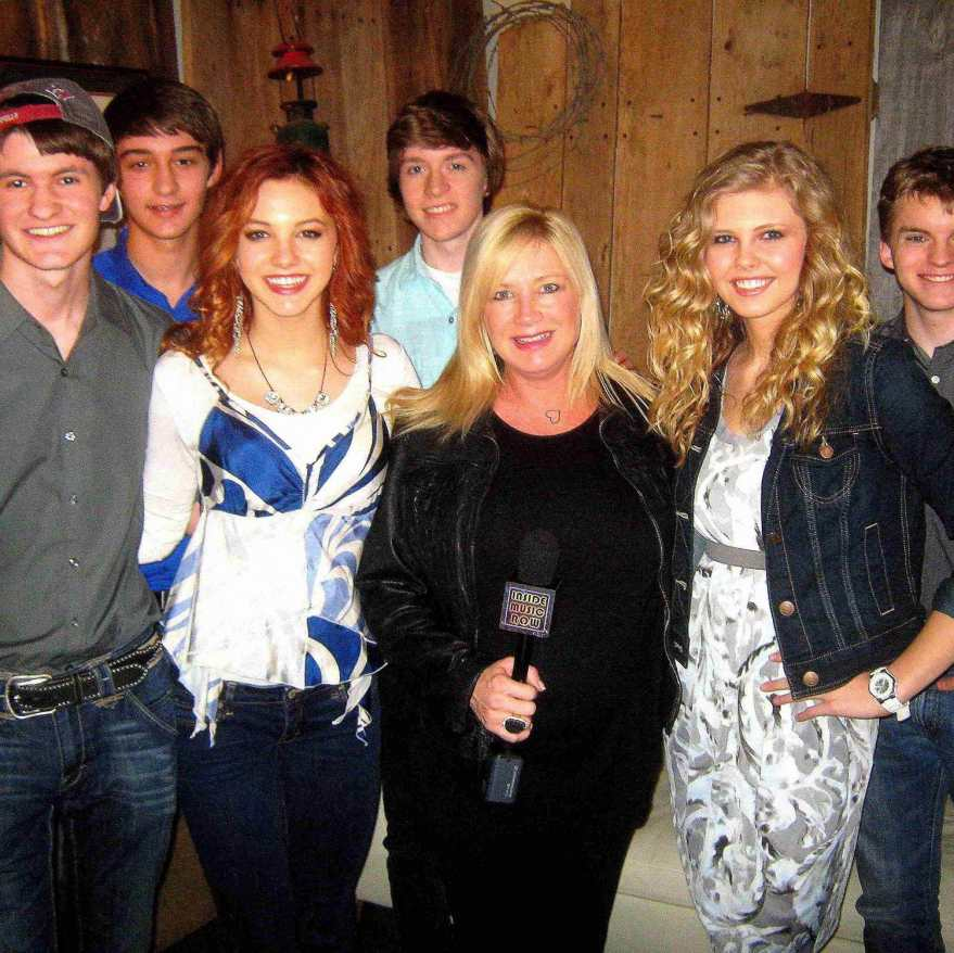 Inside Music Row's Kelly Lynn (third from right) with members of Jetset Getset