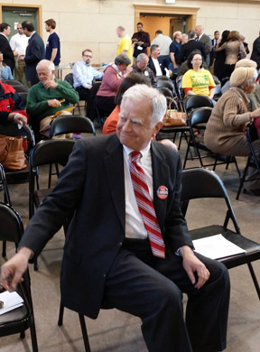 Carson at Columbia Democratic Club Meeting