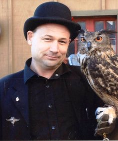 Thomax Green with the owl Archimedes