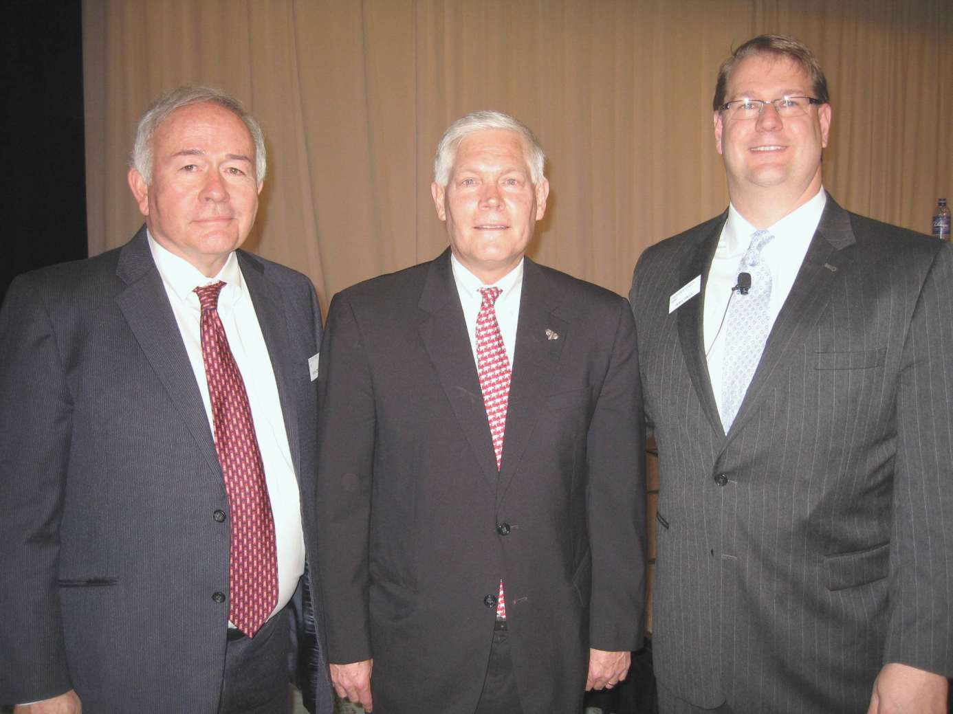 Dr. Bob McTeer, Rep. Pete Sessions and Dory Wiley spoke at banking conference.