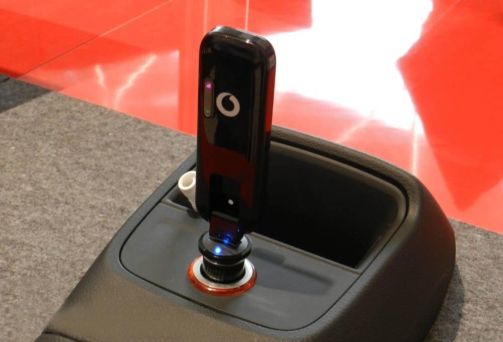 Vodafone-LTE-Carstick W5101