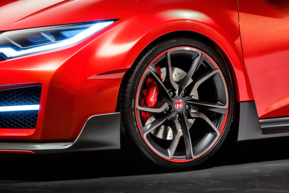 2015 Civic Type R Wheel Detail