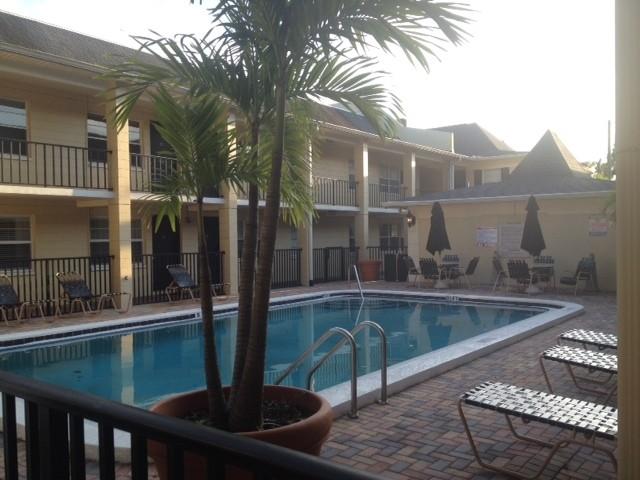 5221 Bayshore Blvd, #10, Tampa, Florida