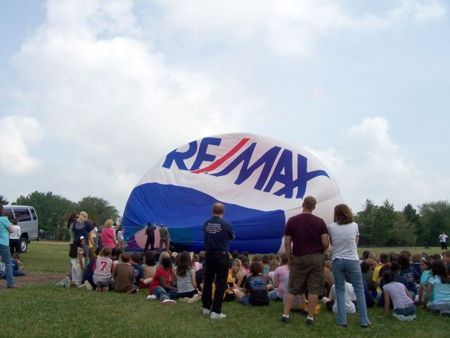REMAX Hot Air Balloon inflation