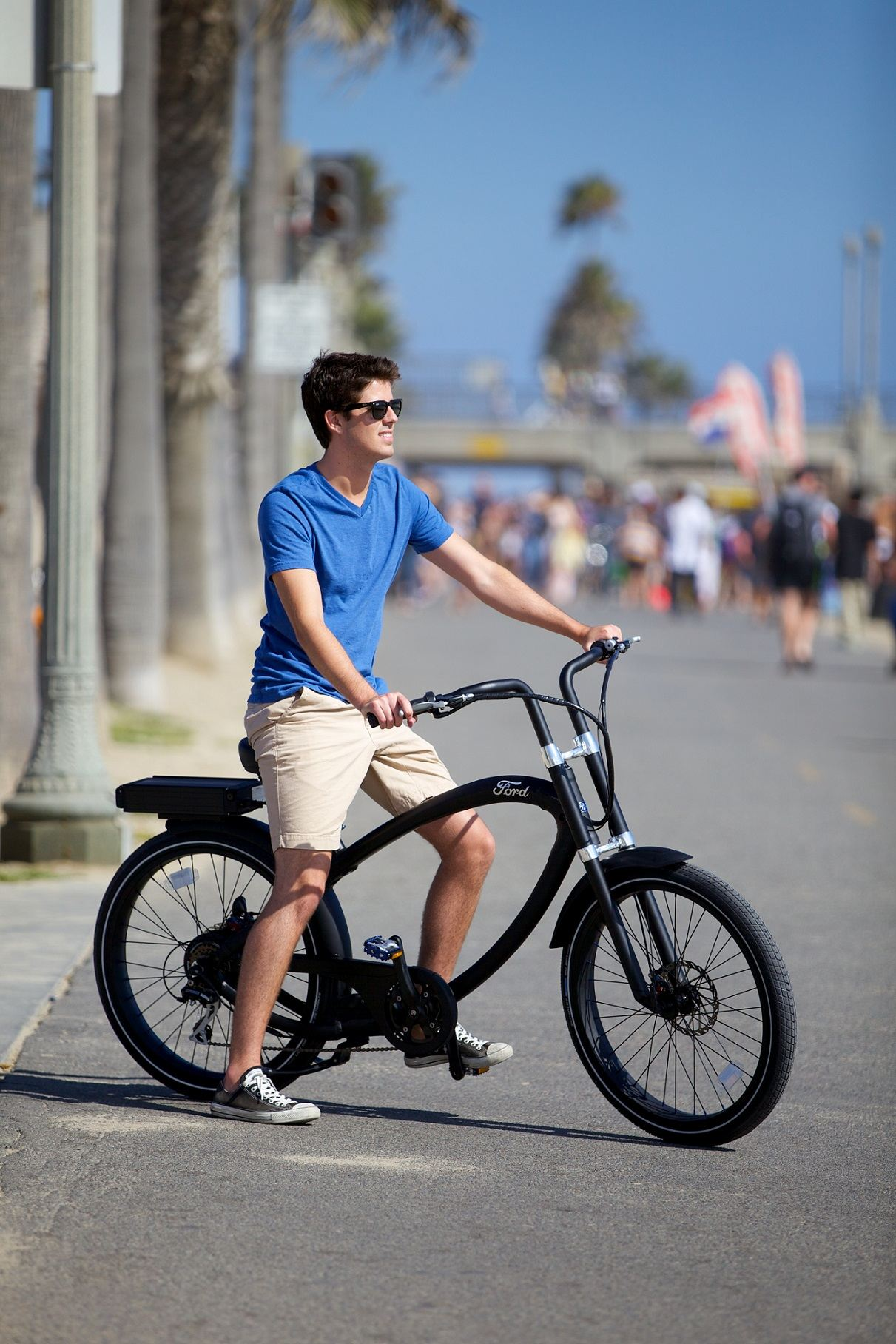 The rugged Ford Super Cruiser powered by Pedego is the hot new bike to own.