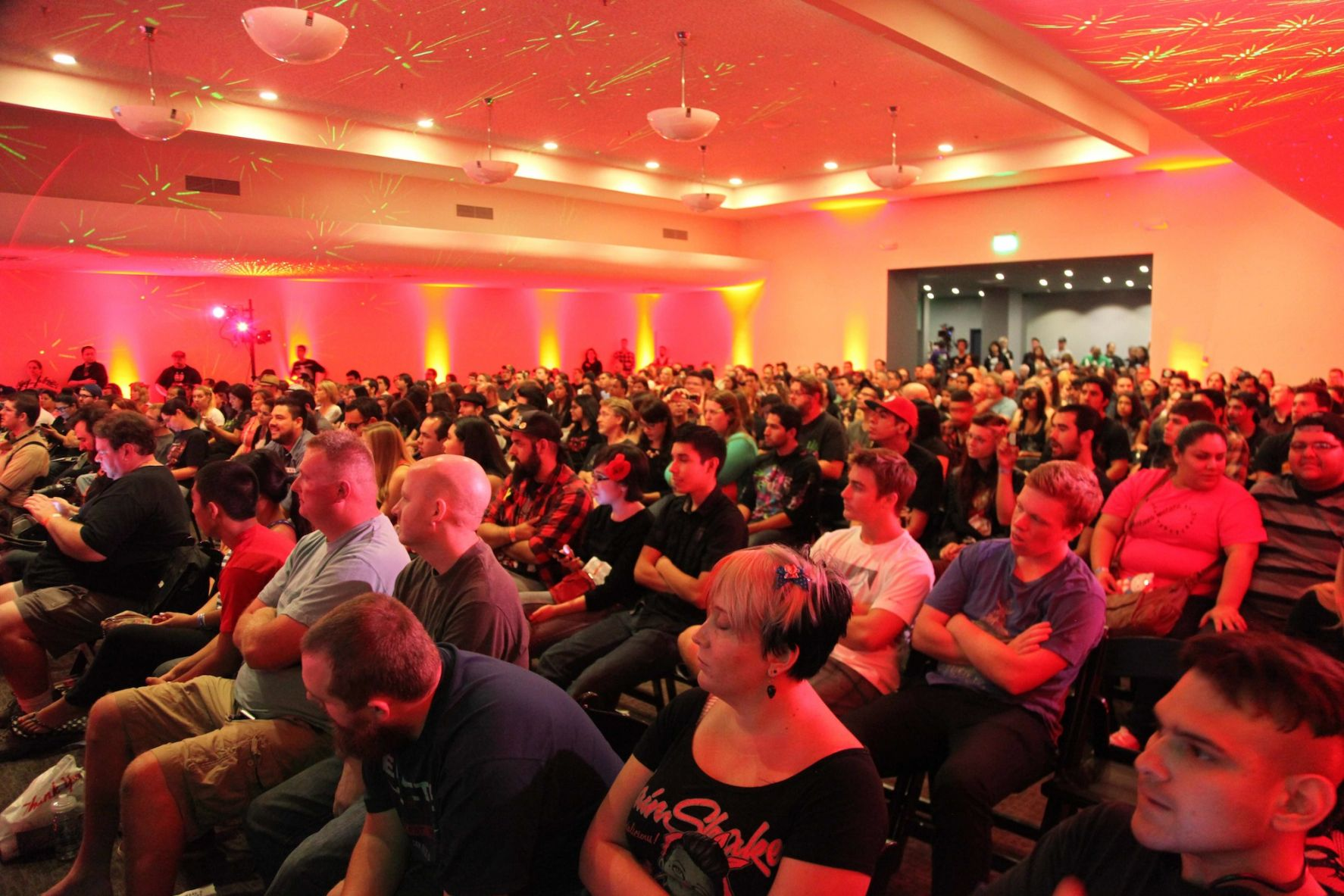 ScareLA Main Stage Audience Fans _ Photo Credit Alexander D