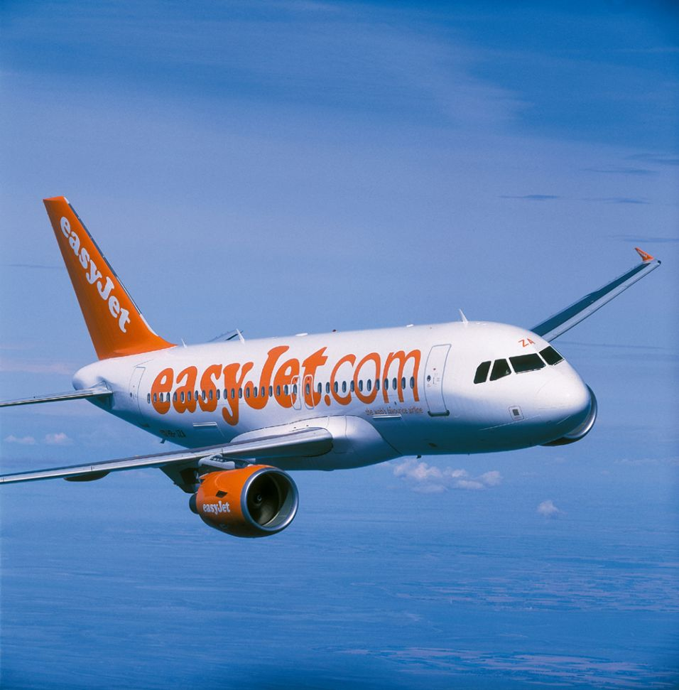 Become an Airbus pilot for easyJet