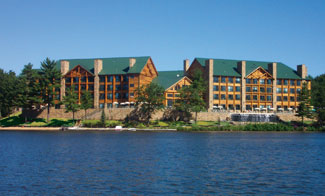 Wilderness on the Lake in Wisconsin Dells