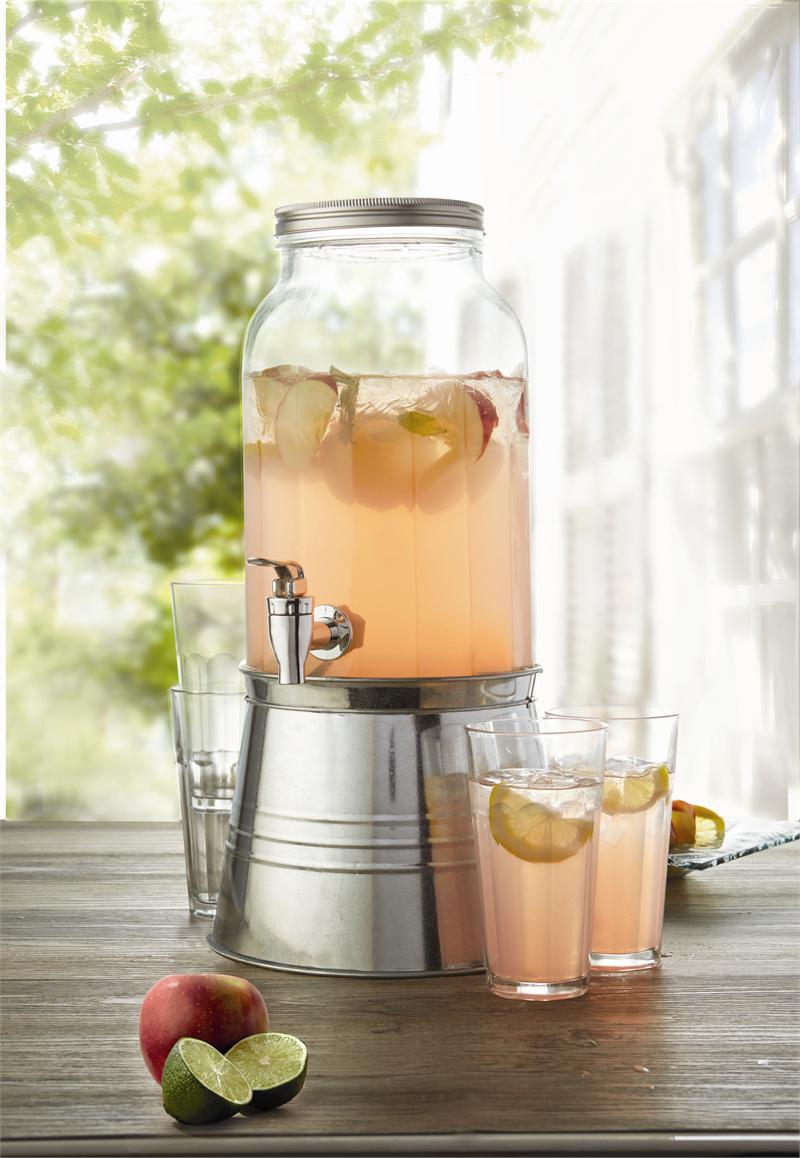 Classic Hostess Introduces Glass Infusion Beverage