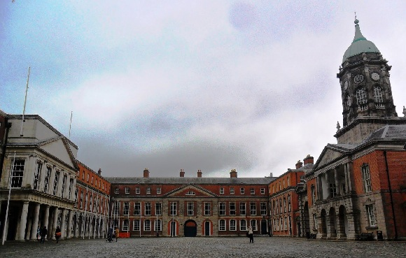 Dublin Castle Ireland - Credit to 2.bp.blogspot.com