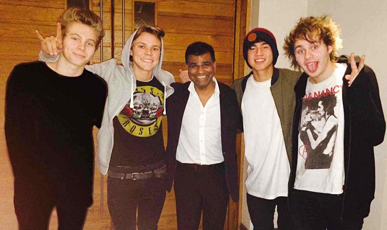 5 Seconds of Summer with Raval manager Avi Malik