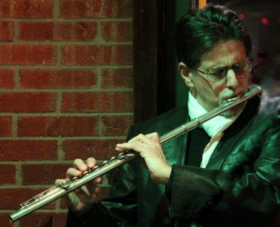Flutist Peter H. Bloom in Kansas City (photo by Benjamin Bloom)