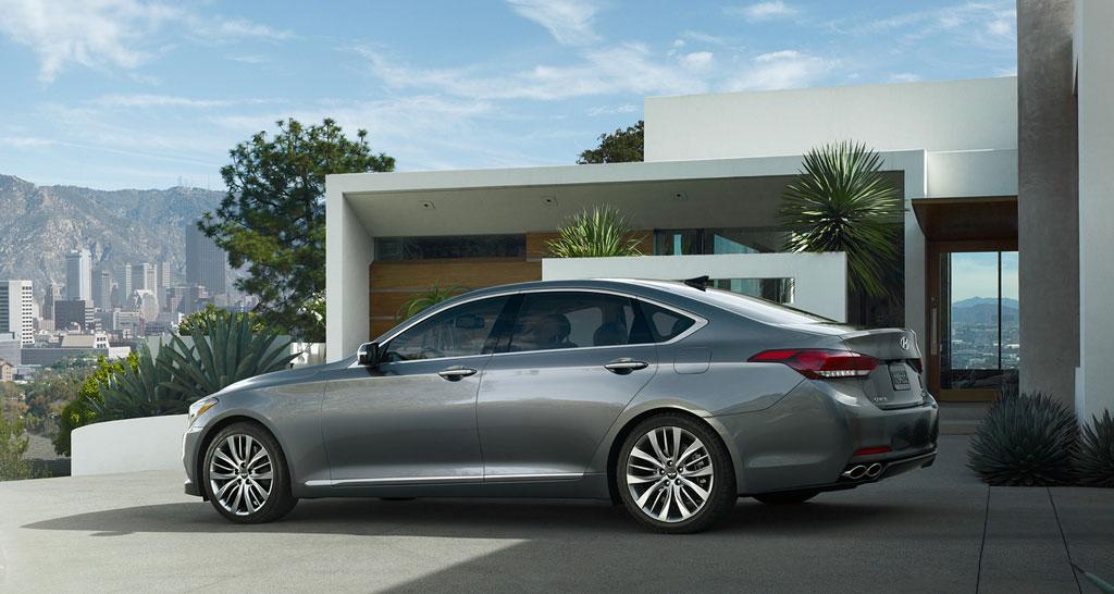 2015 Genesis Sedan