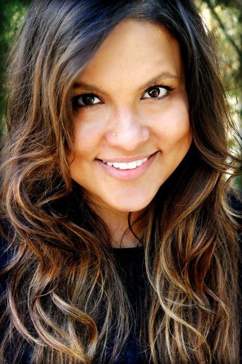 Singer/songwriter Joanna Pearl