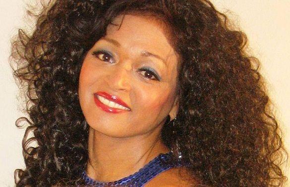 Linda Miller - Entertainer