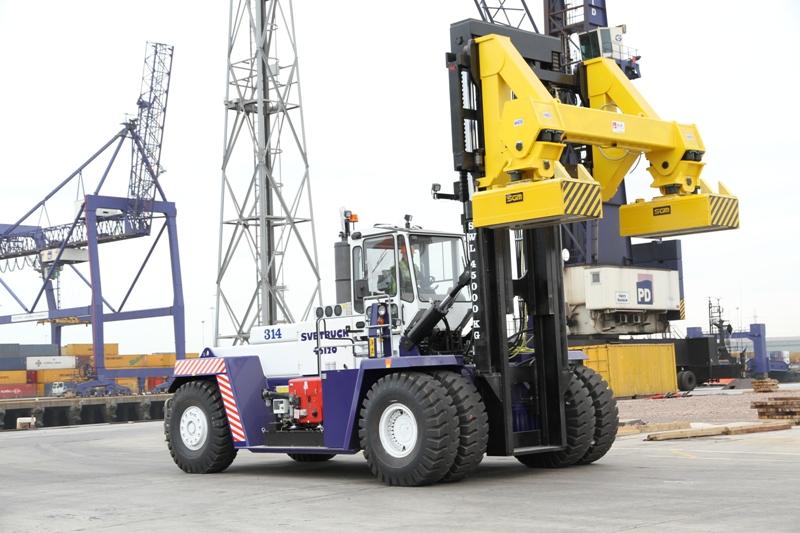 Rushlift Svetruck at PD Ports