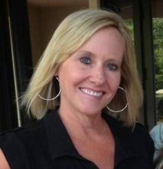 Lindsay Davis, Proforma Identity Pros