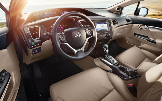 2014-honda-civic-hybrid-interior 1