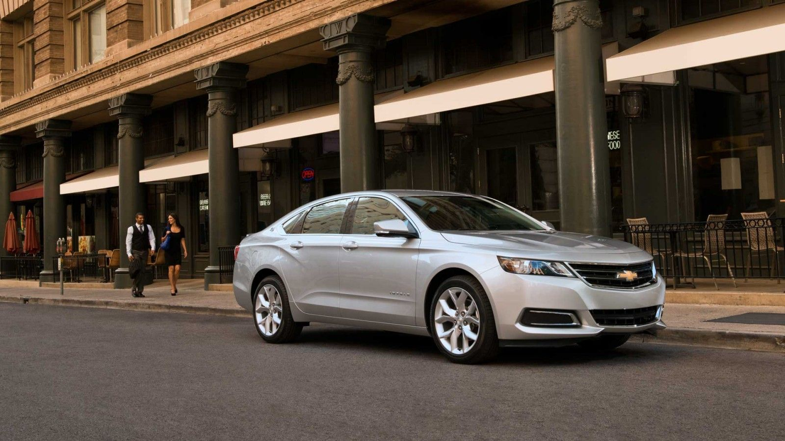 Check out the 2014 Chevrolet Impala at Diepholz Auto Group