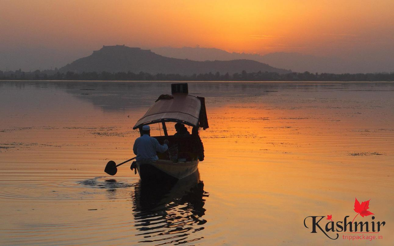kashmirs-dal-lake
