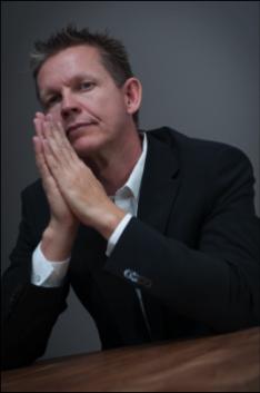 Mikkel Pitzner Portrait Thumb