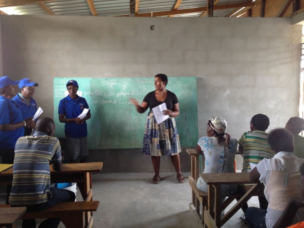 Jess Laporte leads Community Chlorinator entrepreneur training in Haiti