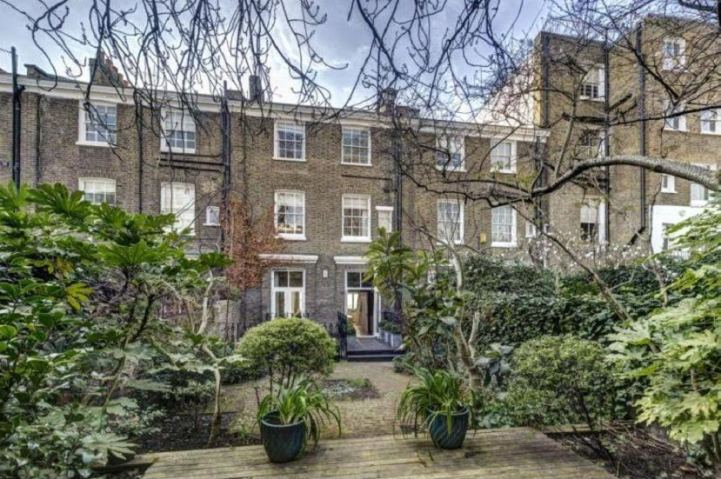 Flats for sale in West London - great opportunities for Chinese investors