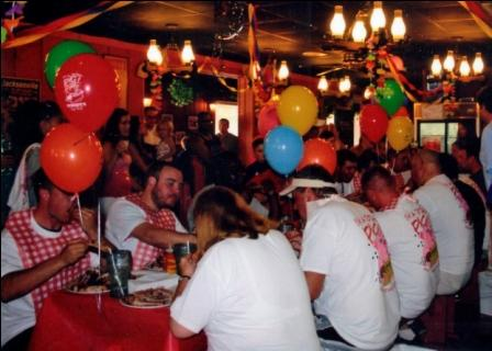 Woody's Bar-B-Q Spare Rib Eating Contest at Original Location in Jacksonville FL