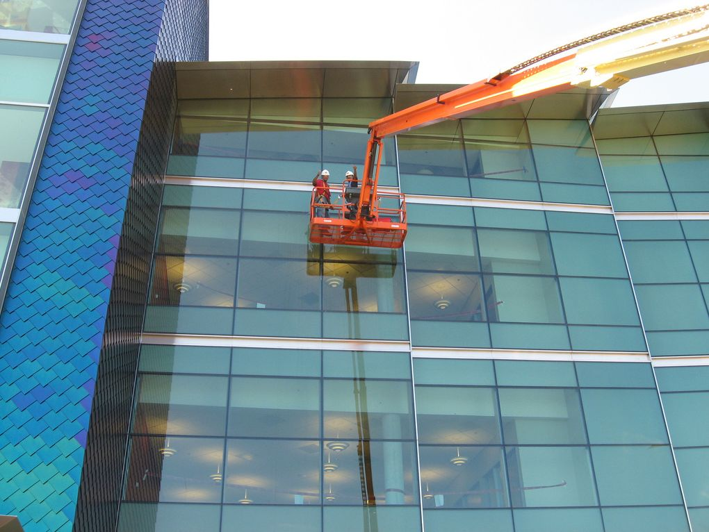 Boom Lift Window Cleaning