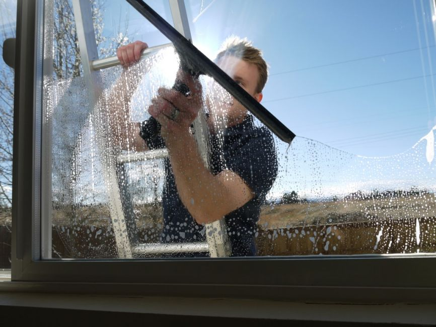 Home Window Washing in Dallas, TX