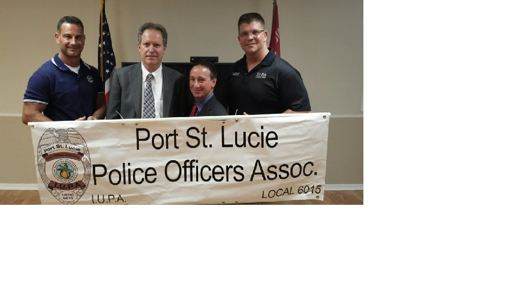 Steve Ziskinder, second from left, with PSLPOA officers and campaign chairman