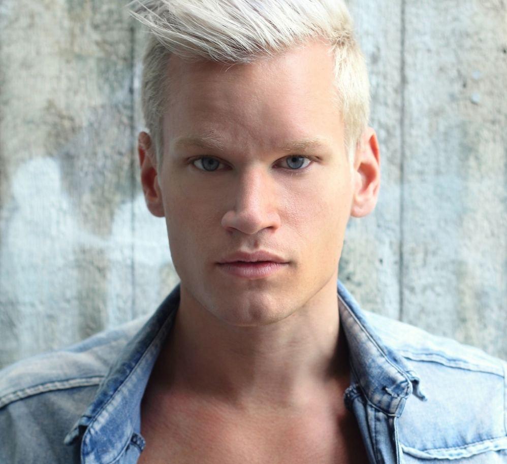 Swedish Pop/Rock Artist: Alex Alexander, AlexAlexanderLIVE.com