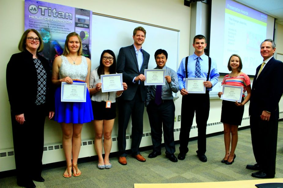 The winning team of the Young Business Scholars Program competition