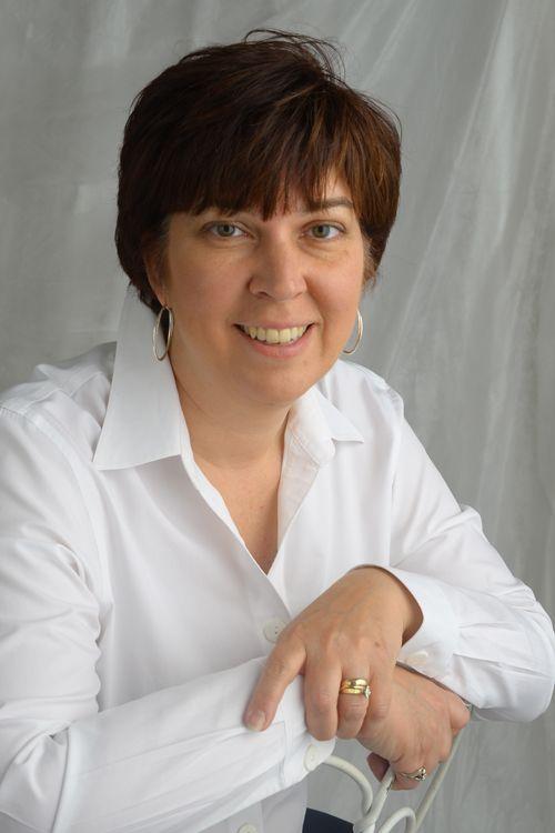 Laura Hroma, Owner of Proforma Innovative Marketing