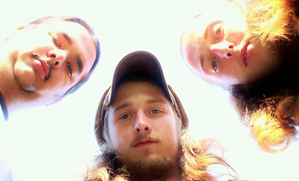 Glostik Willy - L-Buddha Aguilar, M-Jameson Bradford, R-Ralf Bradford